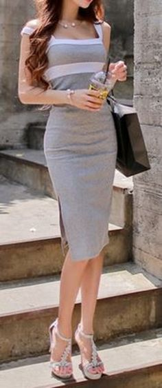 Simple, Chic and Elegant! LOVE this look for Summer! Soft and Comfy Stylish Summer Fashion Outfit Idea!  #Soft #Comfy #Chic #Elegant #Grey #White #Fashion #Colorblock #Dress #Weekend #Style #Sexy #Sandals #Summer #Outfit #Ideas