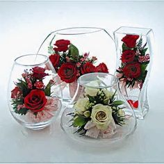 Charlton Home Roses Floral Arrangements and Centerpiece in Decorative Vase Flower Crafts, Diy Flowers, Flower Vases, Flower Decorations, Paper Flowers, Glass Flowers, Simple Centerpieces, Wedding Centerpieces, Wedding Decorations