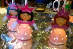 princess party - plastic paper dolls from Michael's craft store Princess Cake Pops, Princess Tea Party, Princess Theme, 4th Birthday Parties, Girl Birthday, Birthday Ideas, Alice In Wonderland Birthday, Wonderland Party, Activity Day Girls