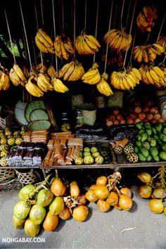 Fruit market in Toamasina