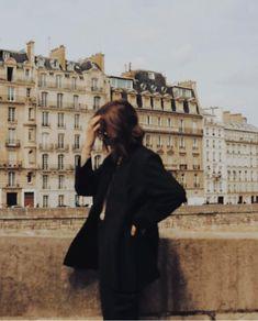 January 12 2020 at fashion-inspo Beige Aesthetic, Aesthetic Vintage, Aesthetic Photo, Aesthetic Pictures, My Academia, Story Instagram, Parisian Chic, New Girl, Dream Life