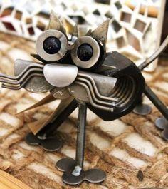 #recycledgift #metalcat #re-inspirationstore #catgift $42.95 small metal cat – recycled metal cat