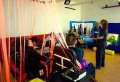 ASPACE abre una sala multisensorial, con tecnología de BJ Adaptaciones, para la estimulación sensorial para personas con parálisis cerebral