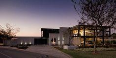 Crisscrossing Steel Bars Enriching Modern Residence Design