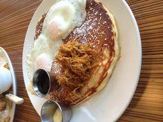 Delicious :) Deacons Corner in gastown. Waffles, Pancakes, Pulled Pork, Vancouver, Corner, Eat, Breakfast, Food, Shredded Pork