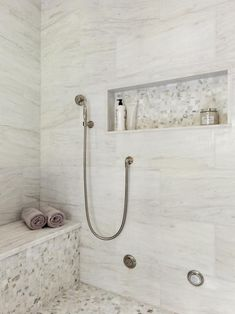 Bathroom Styling, Bathroom Interior Design, Laundry In Bathroom, Small Bathroom, Tile Walk In Shower, Master Shower Tile, Master Bathroom, Classic Style Bathrooms, Master Bath Remodel