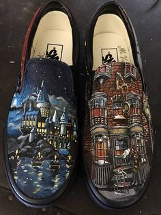 Custom Painted Harry Potter Vans Source by shoes Painted Canvas Shoes, Custom Painted Shoes, Painted Vans, Hand Painted Shoes, Disney Painted Shoes, On Shoes, Me Too Shoes, Shoes Style, Harry Potter Shoes