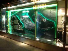 Nike AirMax, Niketown, NYC – Center Window Display at night