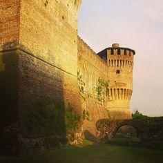Tramonto al castello..buona serata da Soncino (CR)!