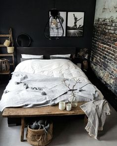10 Dreamy small bedrooms that you can afford (Daily Dream Decor) Bedroom Ideas For Small Rooms Afford Bedrooms Daily Decor Dream Dreamy Small Small Room Bedroom, Trendy Bedroom, Home Decor Bedroom, Bedroom Furniture, Small Bedrooms, Bedroom Ideas, Master Bedroom, Bedroom Rustic, Industrial Bedroom Decor