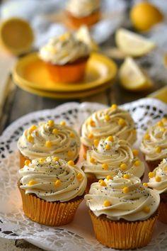 Sweet Gula: Cupcakes de Limão e Sementes de Papoila