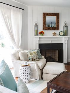 beach house living room | Amanda Webster Design