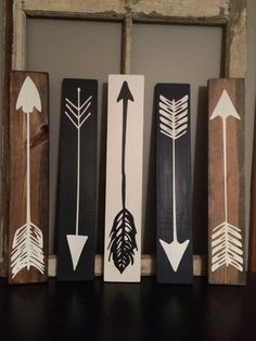 Wood Pallets Ideas Wood Arrow Wood Sign by on Etsy - Pallet Crafts, Pallet Art, Wood Crafts, Small Wood Projects, Diy Projects, Project Ideas, Diy Wall, Wall Decor, Palette Deco