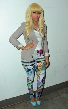 i need this outfit. espeicially the crazy pants! you know i LOVE crazy pants!
