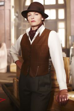 dapperisanoun:  Dr. Mac from Miss Fisher's Murder Mysteries