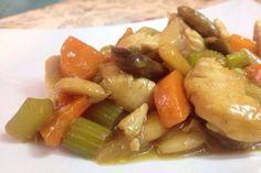 Almond chicken chinese style! Pollo con almendras, receta del chino! http://www.conextradequeso.com/2013/11/11/pollo-con-almendras-como-en-el-chino/