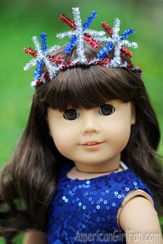 Doll Craft: How To Make A Fireworks Crown! Add a little sparkle to your doll's outfit this weekend with a Fireworks Crown! This is so much fun to make and I love how patriotic it looks. Og Dolls, Girl Dolls, American Girl Diy, July Crafts, Bitty Baby, 18 Inch Doll, Fourth Of July, Fireworks, Doll Clothes
