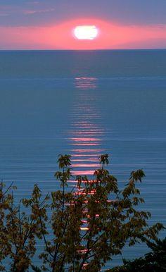 Sun set at the Marmara Sea, - armutlu, Yalova, Turkey discountattractions.com