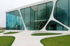 Leonardo Glass Cube - Explored