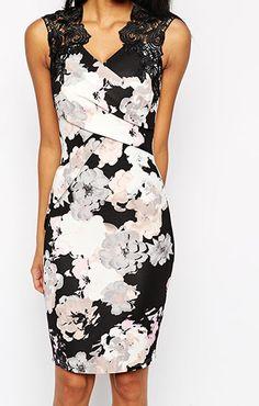 ASOS(エイソス) の女性らしい奇麗なラインを表現してくれるタイトドレス (Lipsy Allover Floral Print Lace Top Bodycon Dress)です。通販だからできる割引価格でお届けします。