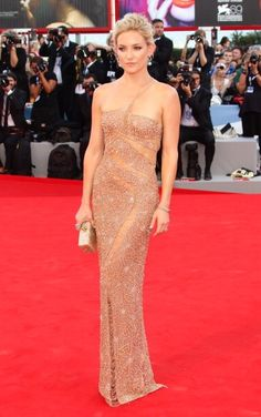 Best Dressed: Laetitia Casta in Valentino, Florence Welch in Miu Miu and More: Kate Hudson in Versace at 'The Reluctant Fundamentalist' Premiere And Opening Ceremony during the 69th Venice International Film Festival