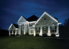 Ideas For Exterior House Lighting Night Curb Appeal Exterior House Lights, Led Exterior Lighting, Facade Lighting, House Paint Exterior, Exterior House Colors, Outdoor Lighting, Exterior Design, Lighting Ideas, Landscape Lighting Design