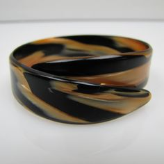 Art Deco Tortoise Shell Small Wrap Bracelet.  Tortoiseshell Celluloid Cuff  Bangle. 1930s Lucite Plastic Resin. Art Deco Plastic Jewelry by MercyMadge on Etsy