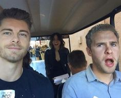 Agents of Shield season 3 behind the scenes lincoln, fitz and daisy / skye funny Agents Of Shield Seasons, Marvels Agents Of Shield, Series Da Marvel, Lincoln Campbell, Shield Cast, Agents Of S.h.i.e.l.d, Luke Mitchell, Iain De Caestecker, Fitz And Simmons