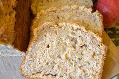 Steirisches Apfelbrot - Mein steirisches Apfelbrot hat weder mit Brot noch mit Kletzenbrot etwas gemeinsam. Es ist süß aber auch saftig und nicht annähernd so lange haltbar wie Kletzenbrot.