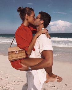 love, cute ve photography We Heart It 'de resim Rich Couple, Classy Couple, Relationship Goals Pictures, Cute Relationships, Fake Relationship, Luxury Couple, Couple Goals Cuddling, Kiss And Romance, Beach Poses