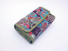 Gorgeous accordion wallet.