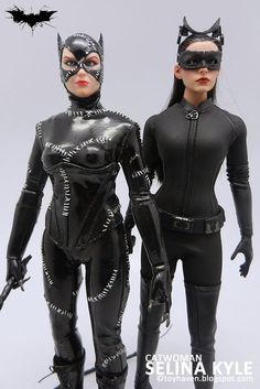 Comparison pictures of Hot Toys Catwoman with Batman Returns Catwoman, Black Widow & Bats Crazy Cat Lady, Crazy Cats, Wayne Family, Catwoman Selina Kyle, Batman Returns, British Academy Film Awards, Michelle Pfeiffer, The Dark Knight Rises, American Comics