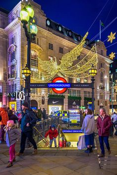 Piccadilly Circus, Interior Photography, Night Photography, Architectural Photography, London Architecture, Commercial Architecture, London Underground Tube, London Photographer, Black And White Photography