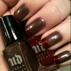 Urban Decay Gunmetal with Hot Mess tips!