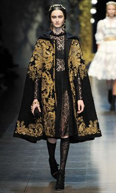 Dolce & Gabbana Fall 2012 RTW - Runway Photos - Fashion Week - Runway, Fashion Shows and Collections - Vogue - Vogue Style Haute Couture, Couture Fashion, Runway Fashion, Fashion Show, Fashion Outfits, Womens Fashion, Fashion Design, Fashion Cape, High Fashion Dresses