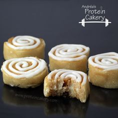 Cinnamon Roll Protein Bites - Andréa's Protein Cakery high protein recipes - gluten free, no bake