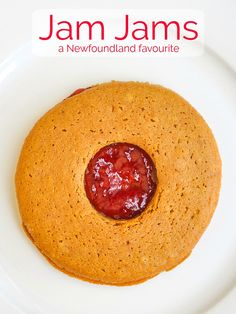 Newfoundland Jam Jams from Purity Factories are an institution here. Here's a recipe for my homemade version of this local molasses and jam cookie classic. Jam Cookies, Molasses Cookies, Sandwich Cookies, Cookies Soft, Yummy Cookies, Rock Recipes, Jam Recipes, Almond Recipes, Recipies