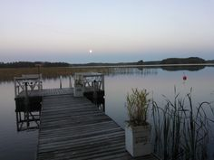 Our house is for sale - Talomme on myytävänä Puruveden äärellä 50 m rantaa Tontti 1 700 m² Asuinpinta-ala 154 m² Makuuhuoneita 4, saareke avokeittiö ja olohuone. Saunatiloissa poreamme Piharakennuksia Hintapyyntö 462 000 € Etsitkö itsellesi uutta kotia järven rannalta? Täältä voi löytyä unelmiesi kohde. Puruveden rannalla Punkaharjulla! Omaa rantaviivaa 50 m, talosta 15 m järveen! #talo www.pinterest.com/houseforsalefin Ota yhteyttä Mahkonen p 358 50 2504