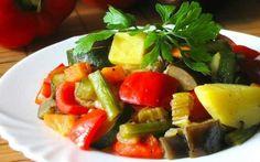 Рагу из тушеных овощей https://www.go-cook.ru/ragu-iz-tushenyx-ovoshhej/  Лёгкое и простое в приготовлении второе блюдо, для убежденных вегетарианцев или тех, кто просто сидит на овощной диете. Каких-то изысков ни в плане ингредиентов, ни в процессе приготовления не требуется. Рагу из тушеных овощей Время подготовки: 15 минут Время приготовления: 45 минут Общее время: 60 минут Кухня: Русская Тип: Второе блюдо Порций: 4 Ингредиенты Семьсот … Читать далее Рагу из тушеных овощей