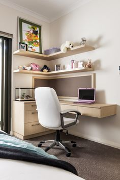 Custom designed desk and pin-up board for a teen room by Urbane Projects, Perth Study Room Decor, Study Room Design, Living Room Sofa Design, Home Room Design, Teen Room Decor, Home Office Design, Home Office Decor, Home Interior Design, Bedroom Decor