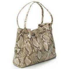 Leather Bag Pole @ www.parismodeshop.com