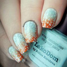 @picturepolish LakoDom & Autumn @moyounails White @moyou_london Enchanted 16 ❄️