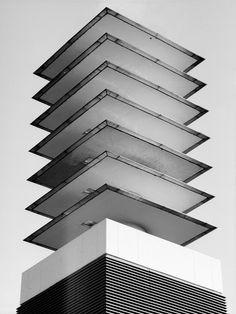 weissesrauschen:  Schornsteinpagode / Chimney Pagode by lichtbildner_cgn on Flickr.