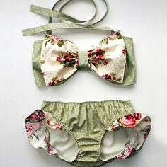 lovely Toddler Baby Girl Bikini Swimwear Little Girl Ruffles Baby Diaper Infant baby romper one piece polka dots swimsuit - Click the link to see the newly released collections for amazing beach bikinis!Baby rompers sales at a wholesale price on NewC Fashion Kids, Little Girl Fashion, Toddler Fashion, Woman Fashion, Baby Bikini, Baby Girl Swimsuit, Hot Bikini, Baby Girl Swimwear, Kids Swimwear