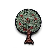 Macon & Lesquoy  Green Embroidered Tree Pin (2.950 RUB) ❤ liked on Polyvore featuring jewelry, brooches, green brooch, embroidered jewelry, pin brooch, embroidery jewelry and pin jewelry
