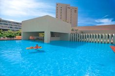Dreams Cancun Family All Inclusive Resort located in Cancun, Mexico Cancun All Inclusive, Cancun Resorts, Vacation Resorts, Best Vacations, Us Vacation Spots, Vacation Packages, Vacation Places, Places To Travel, Vacation Ideas