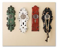 Old doorknobs as hooks.