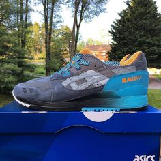 3/3 Friday Fuegoreally hope those who missed out last weekend are able to snag a pair tomorrow for the ww release! #sneakercongress - @slamjamsocialism x @asics pair #6thparallel - #slamjamsocialism #slamjam #asics #asicsgallery #icollectkicks #solecollector #kickstagram #kicks0l0gy #igsneakers #igsneakerhead #igsneakercommunity #runners #runnersonly #runnergang by zavir55