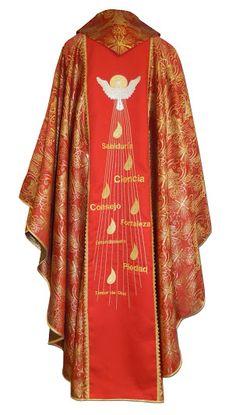 Casulla litúrgica de los siete dones del Espíritu Santo / Seven gifts of the holy spirit chasuble (4/4) http://www.articulosreligiososbrabander.es/casulla-espiritu-santo-bordado-dones-lenguas-fuego-roja.html