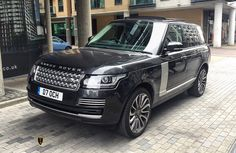 2014 Range Rover Vogue available this weekend for drivers 25  07960088000  #exotic #luxurylife #luxury #4x4 #amgs #amg #rangerover #rangeroversport #rangerovervogue #autobiography #fashion #designer #london #finance #financial #luxurycars #carporn #prestige #design #wheels #chrome #led #xenon #expensive #billionaire #millionaire by occasioncarhire